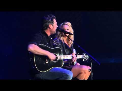 Blake Shelton and Miranda Lambert Sing 'Sure Be Cool If You Did'