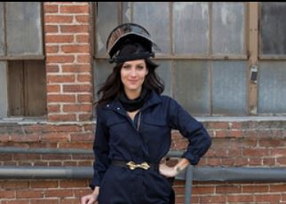 'The Bachelorette' Episode 2: Becca Starts Dating Her Men