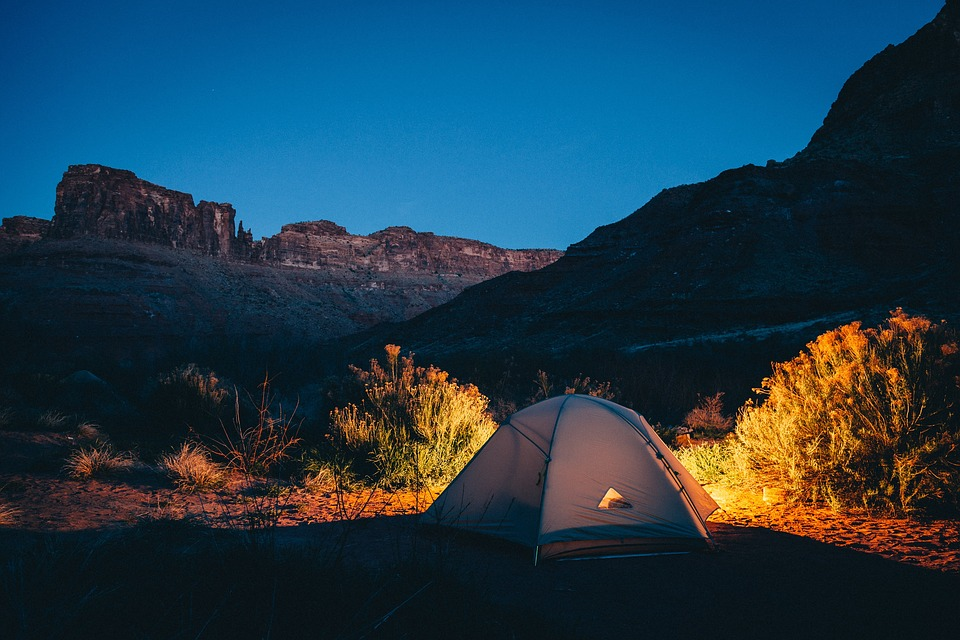 Tips To Keep Mind For Your Next Family Camping