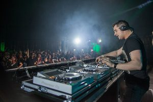 Planning Your First DJ Gig- How To Get A Great Start